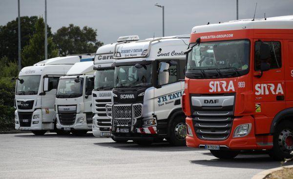 In Großbritannien dürften rund 100.000 Lkw-Fahrer fehlen.Reuters