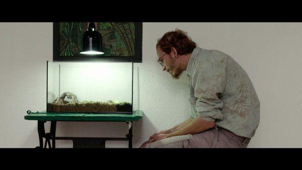 """Johny Ritter als Adam in seinem Film """"On Waking Up"""".Katharina Koutnik (2)"""