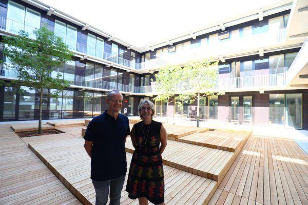 Karin Dorner (Direktorin VS – derzeit im Sabbatical) und Christian Grabher (Direktor MS) zeichnen für die Schule verantwortlich.
