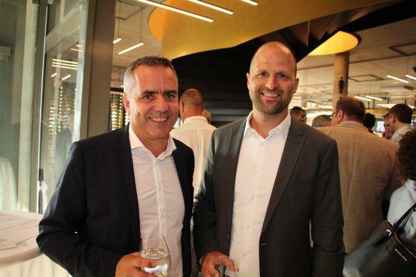 Robert Küng (Inhaus) zusammen mit Landesrat Marco Tittler.