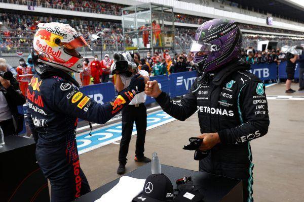 Das Duell zwischen Max Verstappen (l.) und Lewis Hamilton geht am Bosporus in die nächste Runde.gepa
