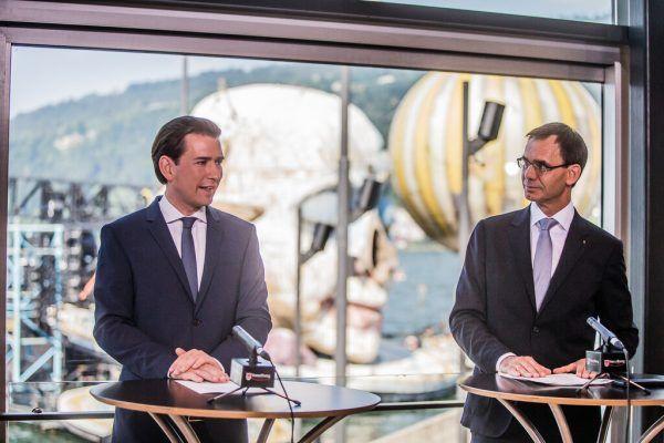 Sebastian Kurz tritt als Bundeskanzler zurück, bleibt aber Parteichef und wird Klubobmann.Steurer